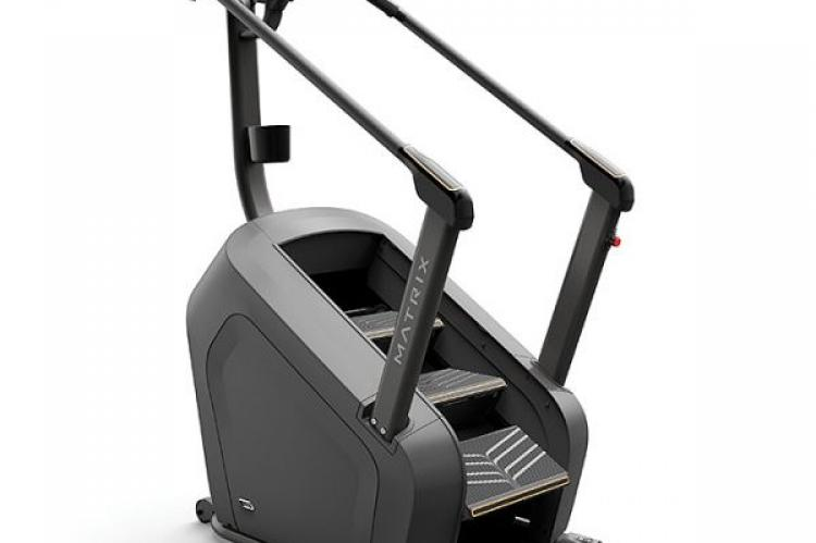 large view of the Matrix C50 ClimbMill with XIR Console