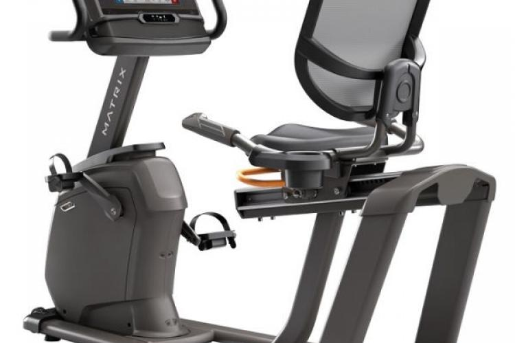 Matrix R30 Recumbent Bike with XER Console back view